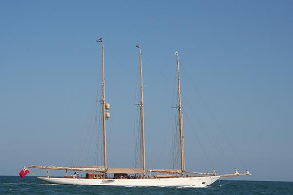 velero-adix2-600-400
